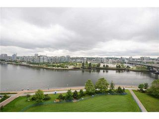 "Photo 9: 806 918 COOPERAGE Way in Vancouver: Yaletown Condo for sale in ""THE MARINER"" (Vancouver West)  : MLS®# R2000227"