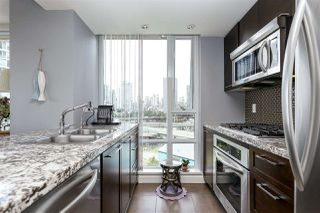 "Photo 4: 806 918 COOPERAGE Way in Vancouver: Yaletown Condo for sale in ""THE MARINER"" (Vancouver West)  : MLS®# R2000227"