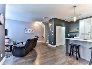 """Photo 10: 14 19433 68 Avenue in Surrey: Clayton Townhouse for sale in """"The Grove"""" (Cloverdale)  : MLS®# R2046626"""