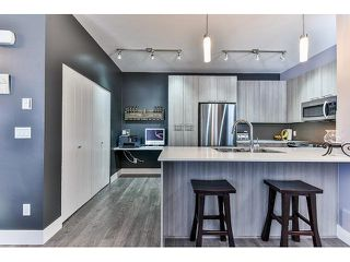 """Photo 4: 14 19433 68 Avenue in Surrey: Clayton Townhouse for sale in """"The Grove"""" (Cloverdale)  : MLS®# R2046626"""