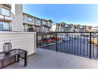 "Photo 18: 14 19433 68 Avenue in Surrey: Clayton Townhouse for sale in ""The Grove"" (Cloverdale)  : MLS®# R2046626"