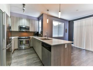 """Photo 7: 14 19433 68 Avenue in Surrey: Clayton Townhouse for sale in """"The Grove"""" (Cloverdale)  : MLS®# R2046626"""