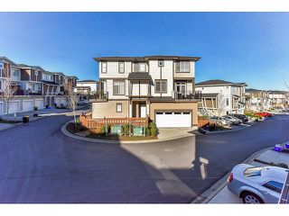 "Photo 19: 14 19433 68 Avenue in Surrey: Clayton Townhouse for sale in ""The Grove"" (Cloverdale)  : MLS®# R2046626"