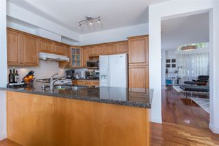 "Photo 7: 522 1485 PARKWAY Boulevard in Coquitlam: Westwood Plateau Townhouse for sale in ""SILVER OAK"" : MLS®# R2064934"