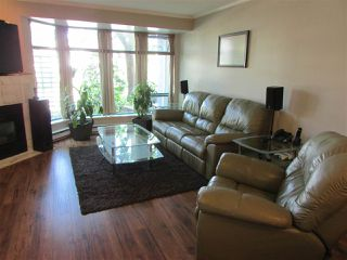 "Photo 7: 103 1966 COQUITLAM Avenue in Port Coquitlam: Glenwood PQ Condo for sale in ""PORTICA WEST"" : MLS®# R2065717"