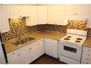 Photo 9: 3644 28 Avenue SE in Calgary: Dover House for sale : MLS®# C4063235