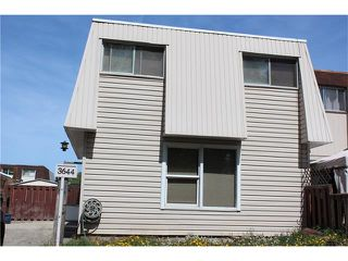 Photo 1: 3644 28 Avenue SE in Calgary: Dover House for sale : MLS®# C4063235