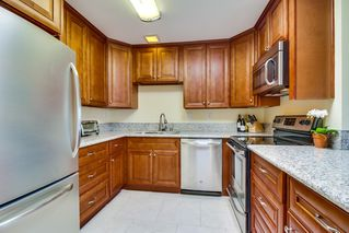 Photo 5: CLAIREMONT Condo for sale : 2 bedrooms : 2929 Cowley #H in San Diego