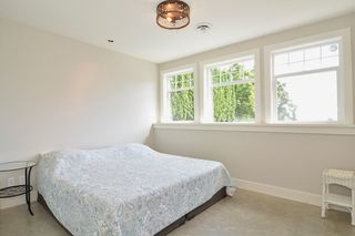 Photo 36: 13341 MARINE Drive in Surrey: Crescent Bch Ocean Pk. House for sale (South Surrey White Rock)  : MLS®# R2073258