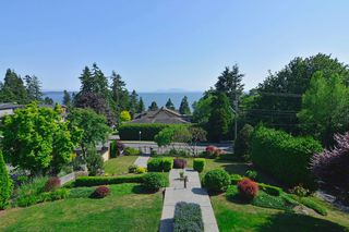 Photo 40: 13341 MARINE Drive in Surrey: Crescent Bch Ocean Pk. House for sale (South Surrey White Rock)  : MLS®# R2073258