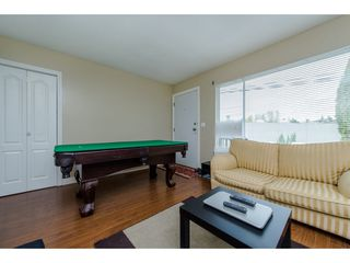 Photo 3: 2317 - 2319 SOUTHDALE Crescent in Abbotsford: Abbotsford West House Duplex for sale : MLS®# R2080109