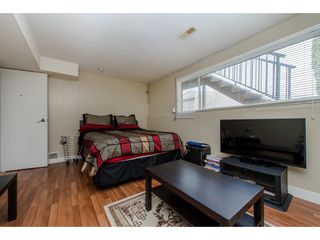 Photo 16: 2317 - 2319 SOUTHDALE Crescent in Abbotsford: Abbotsford West House Duplex for sale : MLS®# R2080109