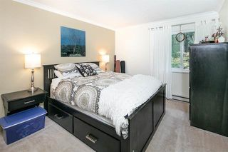 Photo 4: 8366 VINEWOOD Place in Burnaby: Forest Hills BN Townhouse for sale (Burnaby North)  : MLS®# R2130398