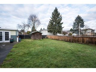 Photo 20: 2052 VINEWOOD Street in Abbotsford: Central Abbotsford House for sale : MLS®# R2129991