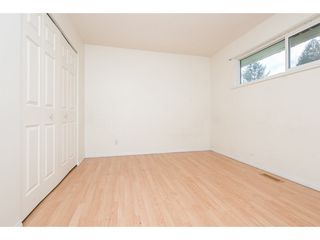 Photo 15: 2052 VINEWOOD Street in Abbotsford: Central Abbotsford House for sale : MLS®# R2129991