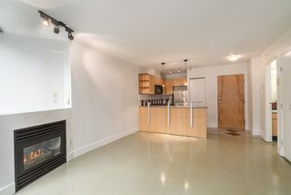 Photo 5: 606 501 PACIFIC Street in Vancouver: Downtown VW Condo for sale (Vancouver West)  : MLS®# R2143098