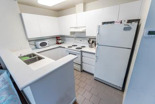 "Photo 4: 310 989 NELSON Street in Vancouver: Downtown VW Condo for sale in ""The Electra"" (Vancouver West)  : MLS®# R2146386"