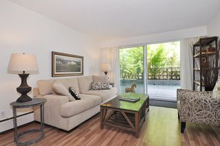 "Photo 2: 111 270 W 3RD Street in North Vancouver: Lower Lonsdale Condo for sale in ""HAMPTON COURT"" : MLS®# R2151454"