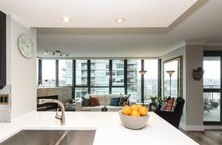 "Photo 12: 2201 1088 QUEBEC Street in Vancouver: Mount Pleasant VE Condo for sale in ""VICEROY"" (Vancouver East)  : MLS®# R2153217"