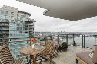 "Photo 4: 2201 1088 QUEBEC Street in Vancouver: Mount Pleasant VE Condo for sale in ""VICEROY"" (Vancouver East)  : MLS®# R2153217"