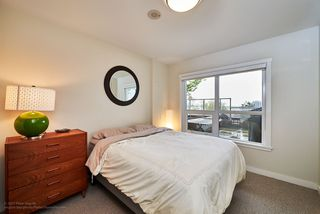 "Photo 8: 505 125 COLUMBIA Street in New Westminster: Downtown NW Condo for sale in ""NORTHBANK"" : MLS®# R2158737"
