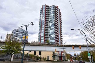 "Photo 16: 505 125 COLUMBIA Street in New Westminster: Downtown NW Condo for sale in ""NORTHBANK"" : MLS®# R2158737"