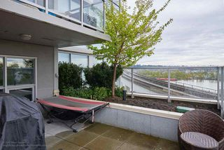 "Photo 13: 505 125 COLUMBIA Street in New Westminster: Downtown NW Condo for sale in ""NORTHBANK"" : MLS®# R2158737"