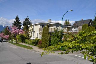 Main Photo: 803 805 E 14TH Avenue in Vancouver: Mount Pleasant VE House for sale (Vancouver East)  : MLS®# R2161072