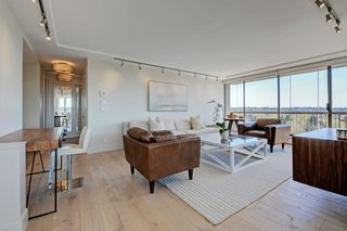"""Photo 4: 1106 2445 W 3RD Avenue in Vancouver: Kitsilano Condo for sale in """"Carriage House"""" (Vancouver West)  : MLS®# R2163748"""