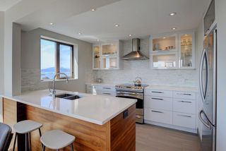 """Photo 9: 1106 2445 W 3RD Avenue in Vancouver: Kitsilano Condo for sale in """"Carriage House"""" (Vancouver West)  : MLS®# R2163748"""