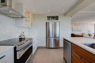 """Photo 10: 1106 2445 W 3RD Avenue in Vancouver: Kitsilano Condo for sale in """"Carriage House"""" (Vancouver West)  : MLS®# R2163748"""
