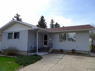 Photo 2: 71 MATHESON Crescent in Regina: Normanview Single Family Dwelling for sale (Regina Area 02)  : MLS®# 608345