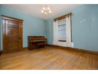 Photo 5: 130 Evanson Street in Winnipeg: Wolseley Residential for sale (5B)  : MLS®# 1712948