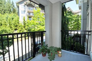 "Photo 13: 308 2968 SILVER SPRINGS Boulevard in Coquitlam: Westwood Plateau Condo for sale in ""TAMARISK"" : MLS®# R2174996"