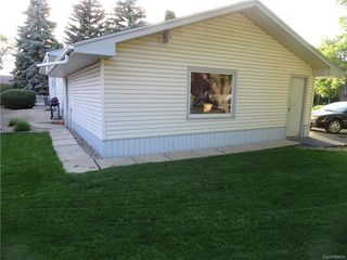 Photo 6: 143 HAMMOND Road in Regina: Coronation Park Residential for sale : MLS®# SK615009