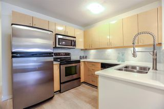 "Photo 2: 203 2680 W 4TH Avenue in Vancouver: Kitsilano Condo for sale in ""The Star of Kits"" (Vancouver West)  : MLS®# R2183873"