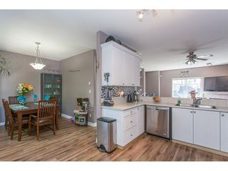 "Photo 10: 43 18181 68 Avenue in Surrey: Cloverdale BC Townhouse for sale in ""THE MAGNOLIA"" (Cloverdale)  : MLS®# R2191663"