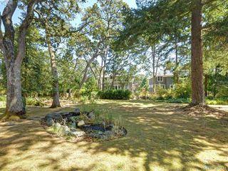 Photo 11: 945 FOUL BAY Road in VICTORIA: OB South Oak Bay Single Family Detached for sale (Oak Bay)  : MLS®# 381771