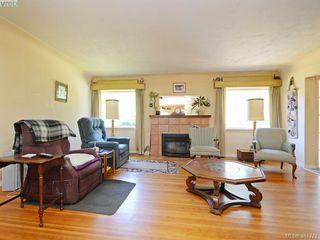 Photo 3: 945 FOUL BAY Road in VICTORIA: OB South Oak Bay Single Family Detached for sale (Oak Bay)  : MLS®# 381771
