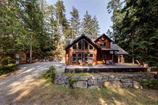 Photo 1: 12752 RONDEVIEW Place in Madeira Park: Pender Harbour Egmont House for sale (Sunshine Coast)  : MLS®# R2194829