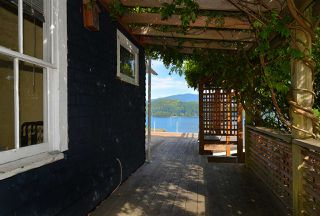 "Photo 11: 634 GIBSONS Way in Gibsons: Gibsons & Area House for sale in ""Heritage Hills"" (Sunshine Coast)  : MLS®# R2197960"