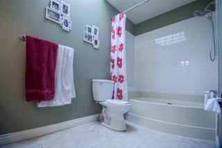 Photo 12: 13041 16TH AVENUE in South Surrey White Rock: Home for sale : MLS®# R2041818