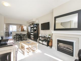 """Photo 4: 127 9133 GOVERNMENT Street in Burnaby: Government Road Townhouse for sale in """"TERRAMOR"""" (Burnaby North)  : MLS®# R2220437"""