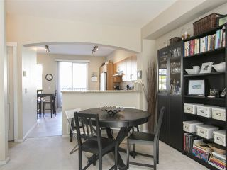 """Photo 10: 127 9133 GOVERNMENT Street in Burnaby: Government Road Townhouse for sale in """"TERRAMOR"""" (Burnaby North)  : MLS®# R2220437"""