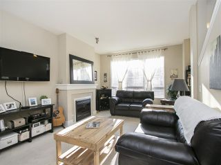 """Photo 3: 127 9133 GOVERNMENT Street in Burnaby: Government Road Townhouse for sale in """"TERRAMOR"""" (Burnaby North)  : MLS®# R2220437"""
