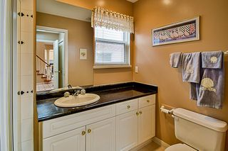 Photo 17: 20713 90 AVENUE in Langley: Walnut Grove House for sale : MLS®# R2151390