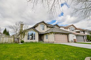 Photo 2: 20713 90 AVENUE in Langley: Walnut Grove House for sale : MLS®# R2151390