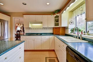Photo 6: 20713 90 AVENUE in Langley: Walnut Grove House for sale : MLS®# R2151390