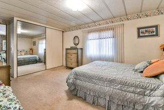 "Photo 16: 91 2303 CRANLEY Drive in Surrey: King George Corridor Manufactured Home for sale in ""Sunnyside"" (South Surrey White Rock)  : MLS®# R2237731"