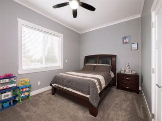 Photo 9: 2357 BEVAN Crescent in Abbotsford: Abbotsford West House for sale : MLS®# R2247485